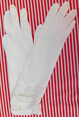 White nylon ladies gloves Ruched Vintage 1950s Portugal Size 6.5 7 SHOP SOILED