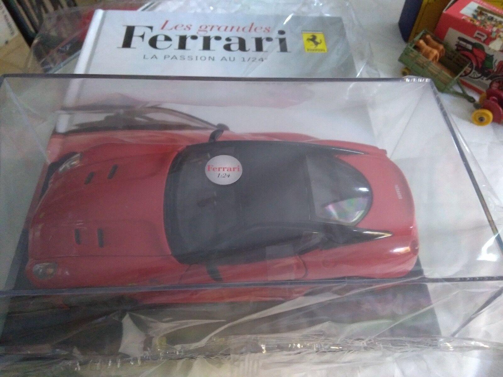 HACHETTE 1 24 FERRARI 599 GTO 2010 + LIVRE BOITE CRISTAL LUXE SUPERBE NEUF