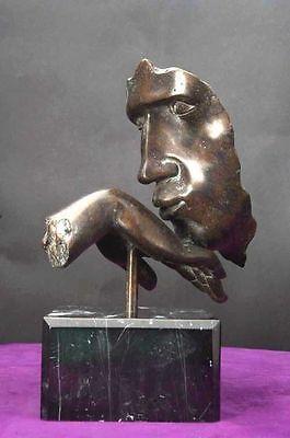 """Metallobjekte Hand Küssende """" Ritterliche Geste """" Bronze Kunst Marmor"""