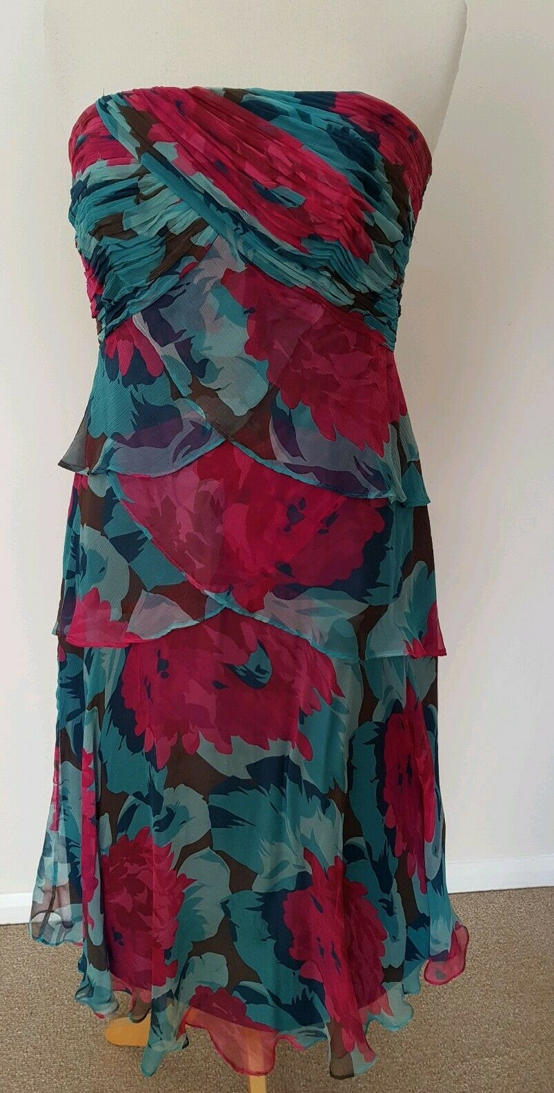 MONSOON DRESS SIZE 12 FLORAL BUSTIER GREEN AND PINK FLORAL AND FLOATY.
