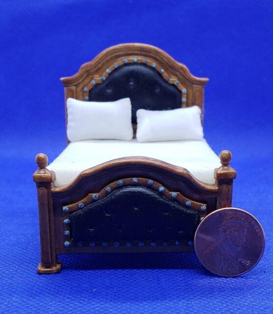 JBM Miniatures 1117WN Dollhouse Spanish Style Hall Table Walnut 1:12 Scale