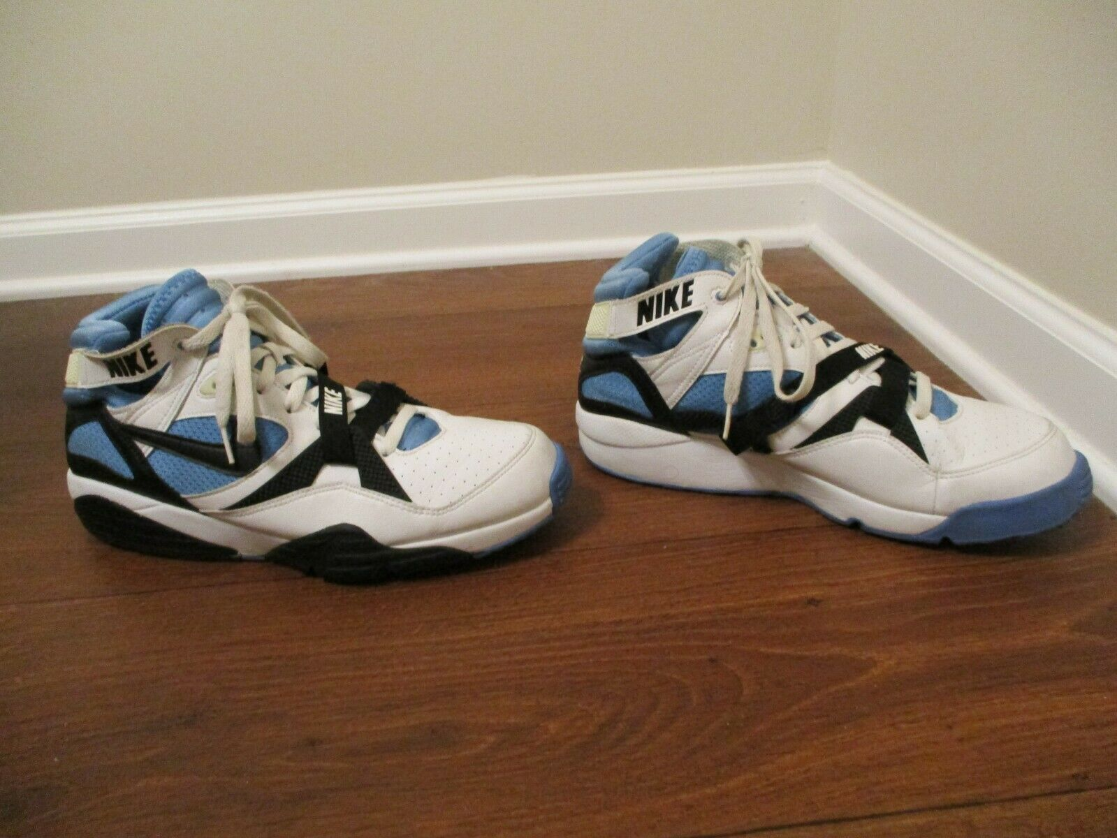cheaper a6f70 60d7d Classic 2005 Used Worn Size 12 Nike Air Air Air Trainer Max 91 shoes White  Black