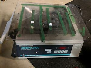 New-Brunswick-Digital-Innova-2100-Platform-Shaker-Unit-Orbital-Lab-Mixer-Used