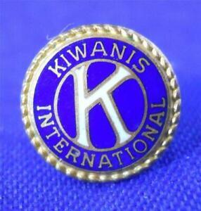 Kwanis-International-Club-Leavens-Round-Lapel-Pin-Goldtone-Vintage