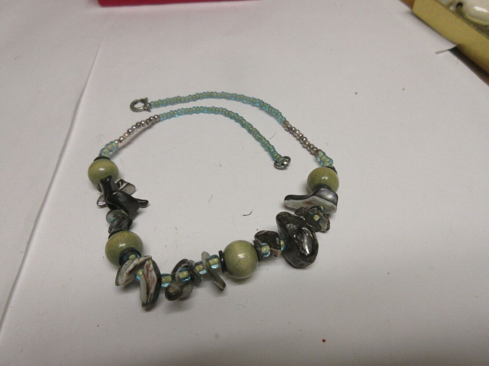 """Costume Jewelry , Vintage , Necklace, 16"""" , Green/Black"""