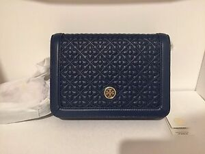 6bbbb221425f Tory Burch Women Bryant Quilted Crossbody 34801 Hudson Bay Navy BNWT ...