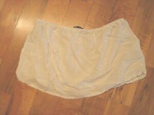 BRANDY-MELVILLE-Pull-On-Micro-Skirt-White-OS-100-Viscose-Elastic-Waist-EUC