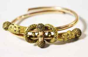 Matching-Pair-Antique-Victorian-Etruscan-Bracelets-Hinged-Closed-Gold-Work