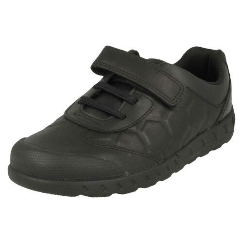 Clarks Leader Pass Junior Boys Leather Shoe