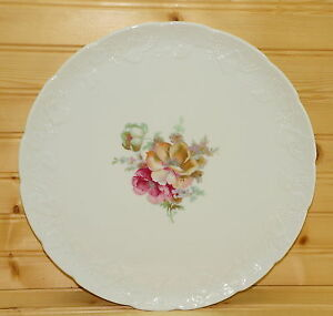 Lierre-Sauvage-France-Cake-Plate-11-5-8-034-Flowers