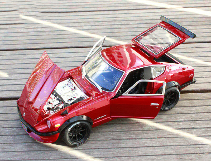 1 18 Maisto Red NISSAN 1971 DATSUN 240Z Modified Vehicle Car Toy