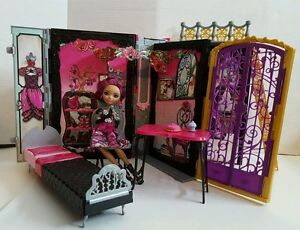 Ever After High Briar Beauty Thronecoming Book Play Set | eBay Ever After High Dolls Briar Beauty Thronecoming