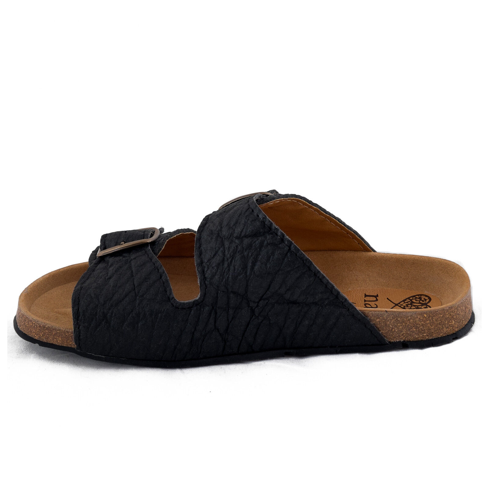 nae made - Two-strapped vegan sandal made nae on original Piñatex, with metal buckle. 701dde