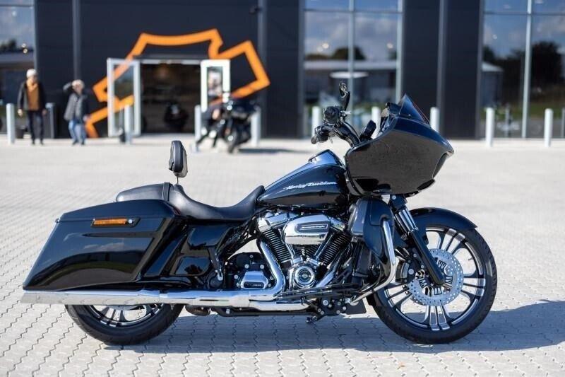 Harley-Davidson, FLTRXS Road Glide Special, ccm 1745