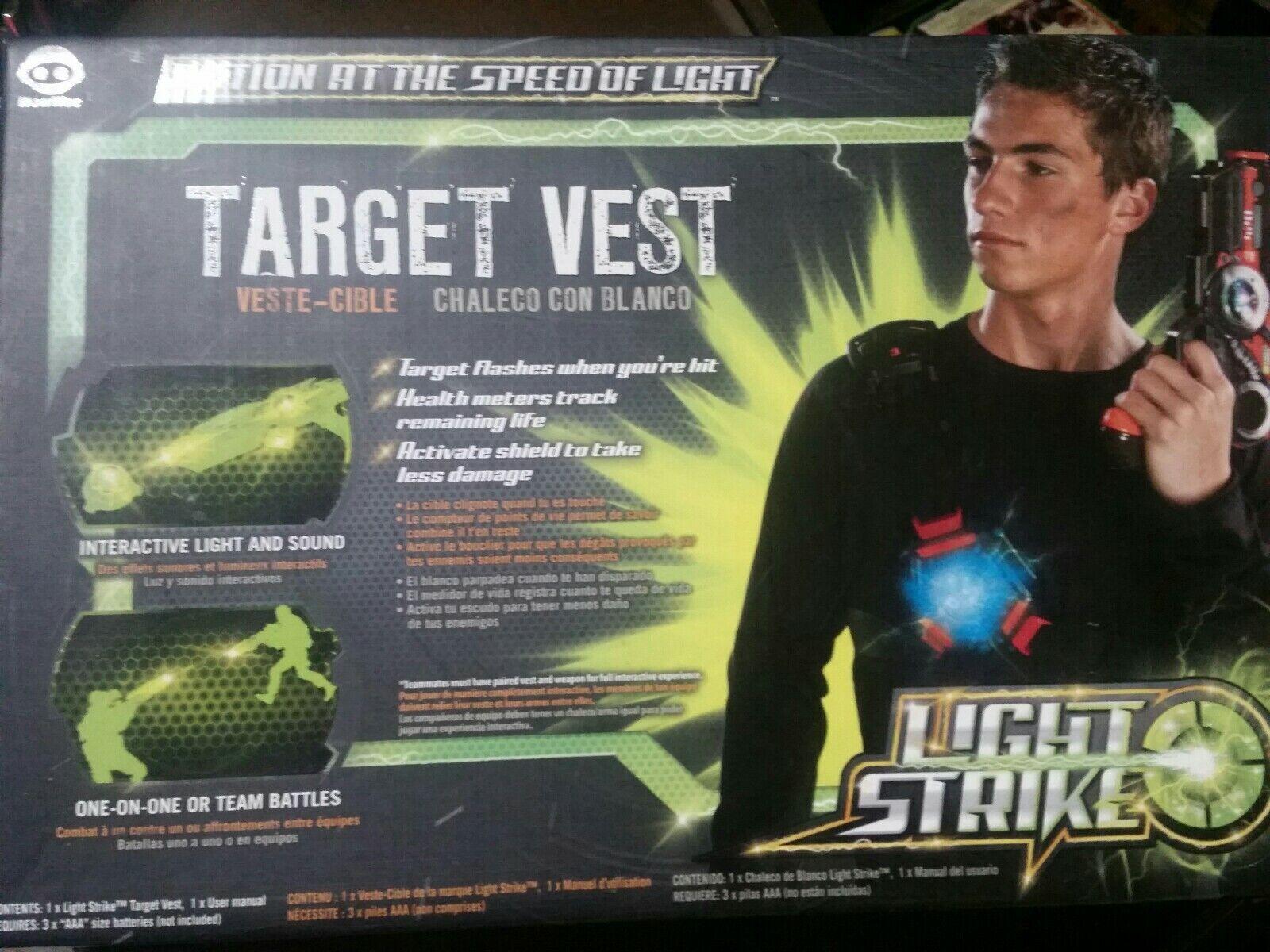 LIGHT STRIKE Tag Game TARGET VEST--WowWee--Health monitor; Friend Foe Strike ID