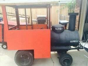 military-grade-riding-lawn-mower-conversion-Looks-like-a-STEAM-ENGINE-with-whe