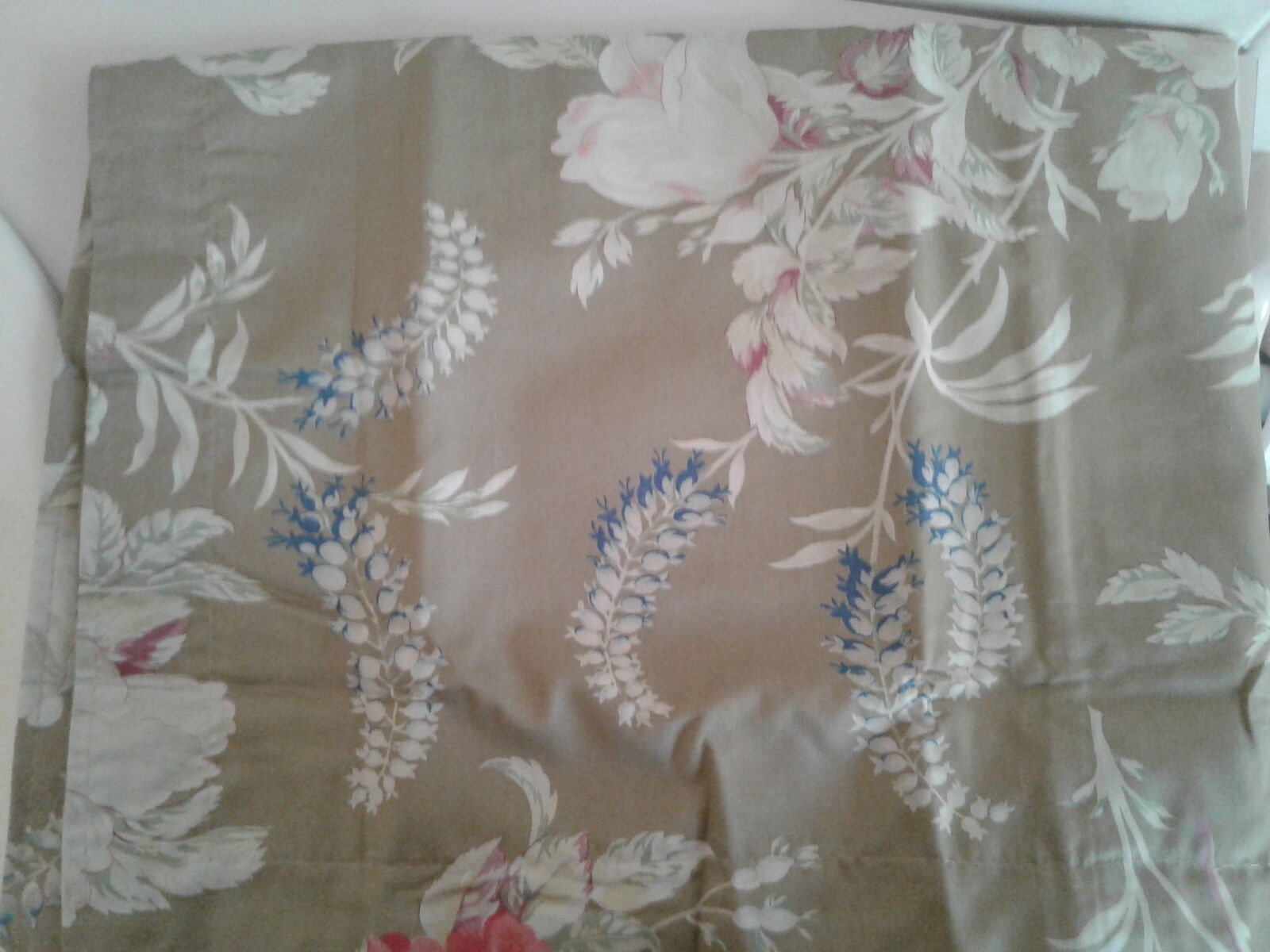 Ralph Lauren Boathouse Floral Collection Twin Flat Sheet, Sham Brand New in pkg