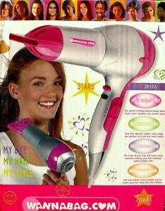 Bestron DS932 Haar styler trockner fön Hairdryer Lonisator IONIC 1800W Pink B1 - Deutschland - Vollständige Widerrufsbelehrung Nachfolgende Widerrufsbelehrung richtet sich ausschließlich an Verbraucher im Sinne von 13 Bürgerliches Gesetzbuch (BGB). Danach ist Verbraucher jede natürliche Person, die ein Rechtsgeschäft zu einem Zwe - Deutschland