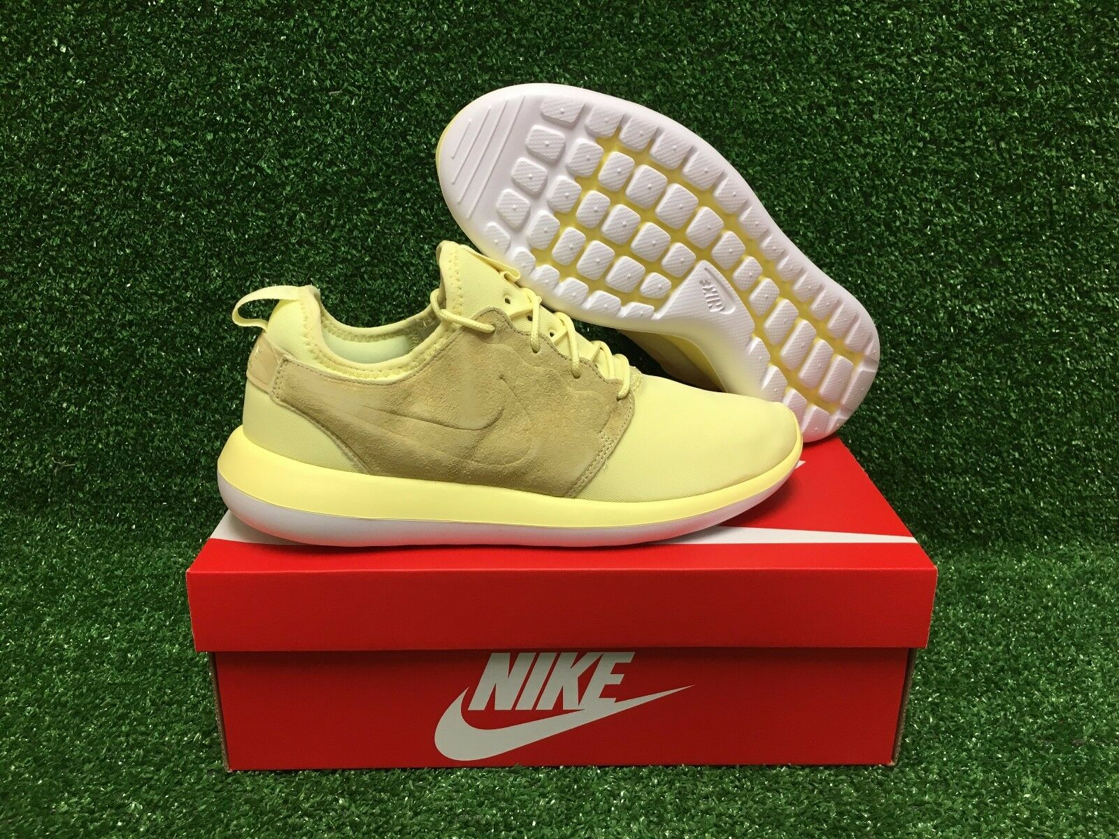 NEW NIKE ROSHE TWO BR MEN'S SHOES LEMON CHIFFON WHITE 898037-700