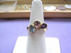 BEAUTIFUL-unique-Vintage-14K-Yellow-Gold-Pear-shaped-3-Stone-Ring-sz-7-Ladies