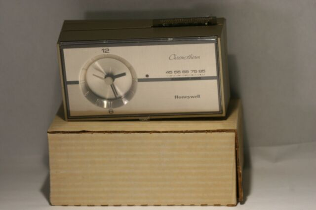 Honeywell T8082 A 1411 Tradeline Chronotherm Thermostat