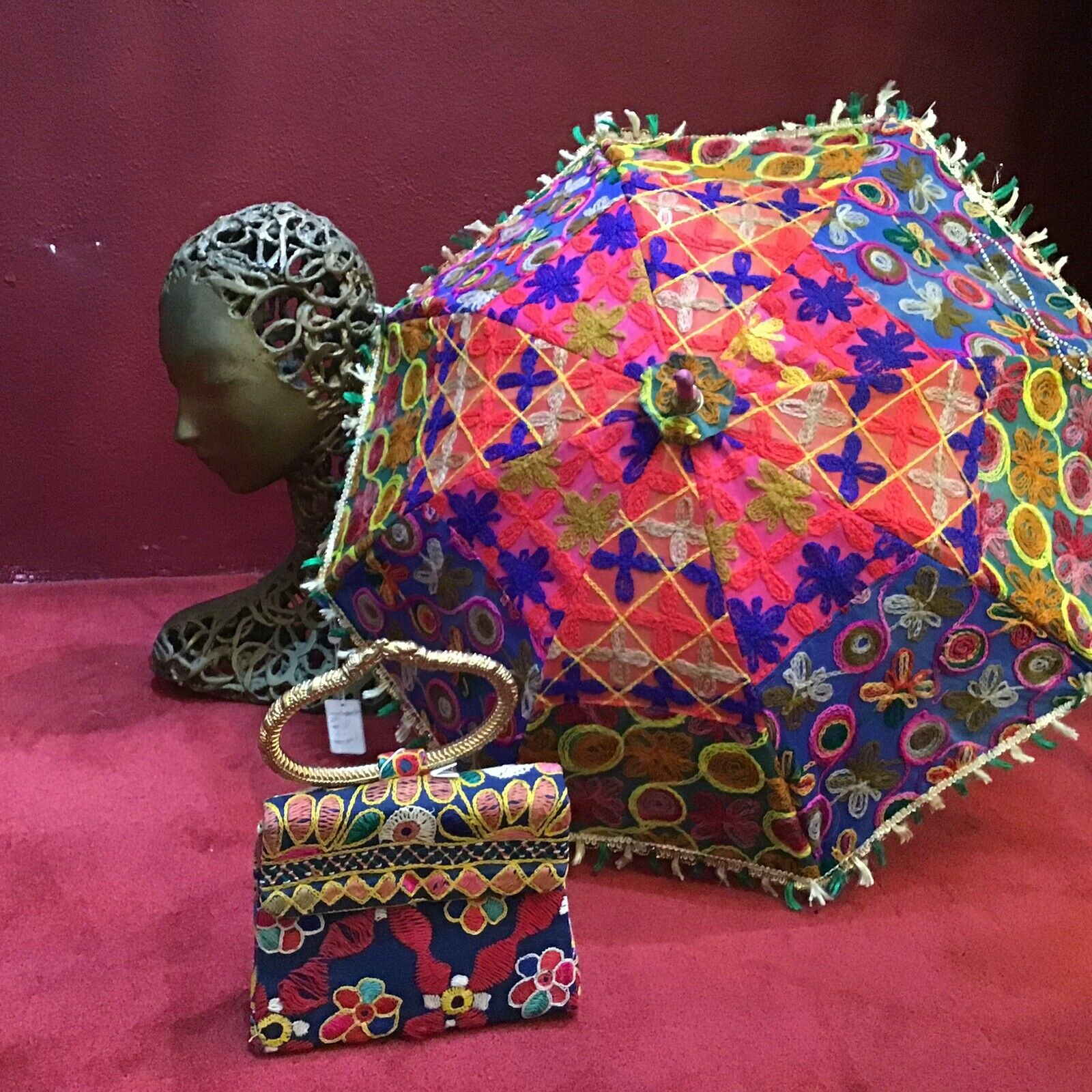 Vintage 60's 70's Indian Bag And Umbrella  Set Co… - image 4