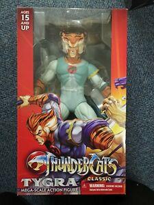 MEZCO-TOYZ-2016-Thundercats-Tygra-14-034-Mega-Escala-Figura-De-Accion