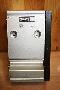1-x-SMC-Kompaktzylinder-EMGQL-50-25-gebraucht-B03