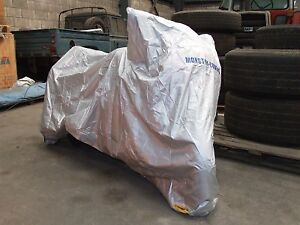 MONSTER-REPEL-MOTORBIKE-MOTORCYCLE-RAIN-COVER-SIZE-L