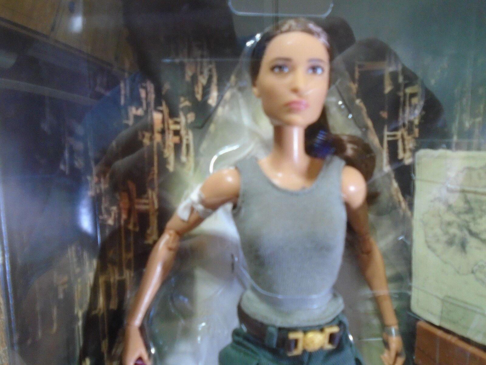 2017 Mattel Barbie Signatur Tomb Raider Lara Croft Croft Croft Puppe (Neuer ) 9b1c0e