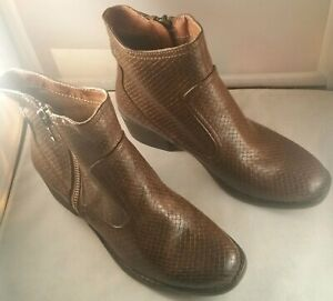 Bare Traps Womens Booties Ankle Boots