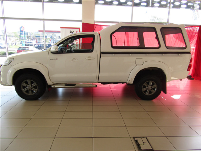 Toyota Hilux 3.0 D-4D D/Cab R/Body Raider,  with 143487km, for sale!