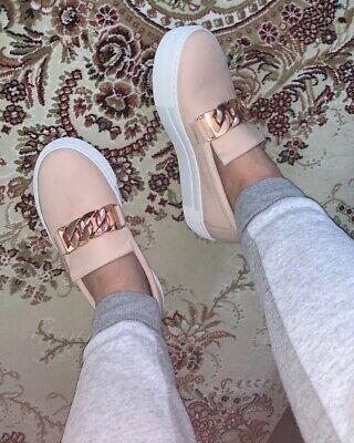 Balenciaga sneakers i skinnende lamskind med masser af snøre