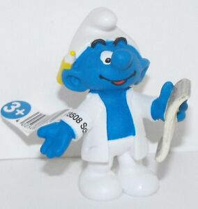 20775-Researcher-Smurf-Figurine-from-2015-Office-Set-Plastic-Miniature-Figure