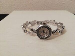 montre a quartz ancienne vintage marque ieke dauphin