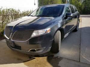 2013 Lincoln MKT Low KM