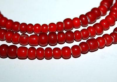 Strang 70 cm alte böhmische Glasperlen rote weiß Kern Herz 5 mm