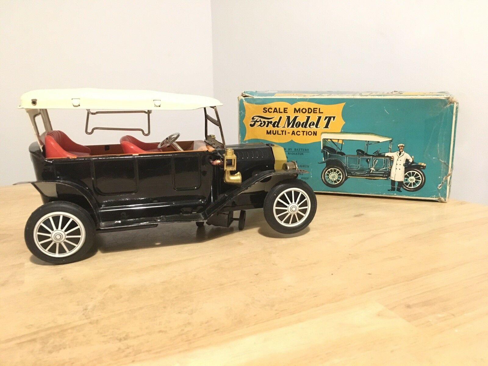 Vintage Japanese Tin Plate Toy Car Model T Ford Sunrise Toys Boxed Retro G1