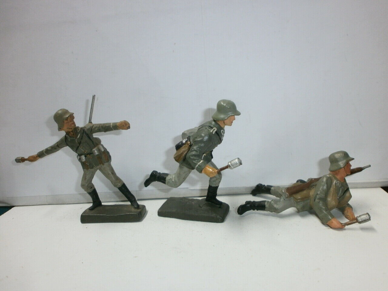 Konvolut 3 Antiguo Lineol Massesoldaten Escuadrón de Asalto Handgranatenwerfer A