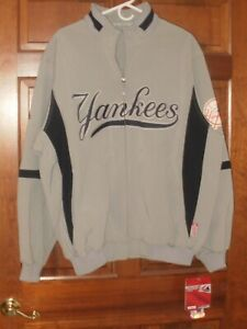 f45b7997 Details about New York Yankees Majestic On-Field Therma Base Thermal  Full-Zip Jacket - Gray