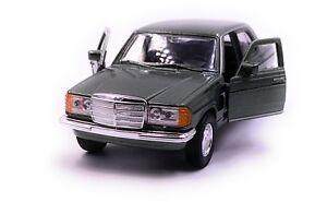 Mercedes-benz-clase-e-w123-verde-coche-modelo-auto-escala-1-34-con-licencia-oficial