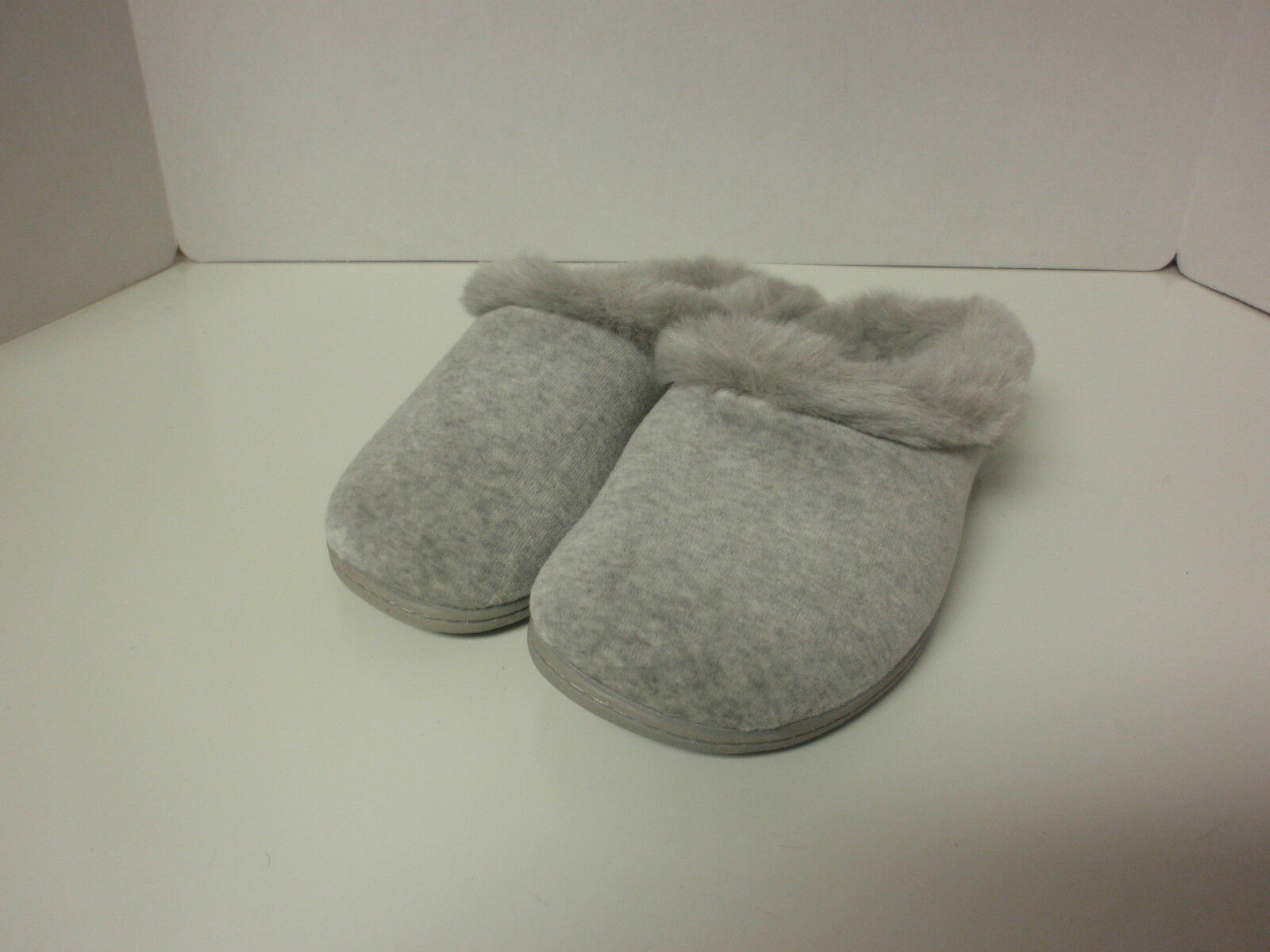 WOMENS SCUFF SLIPPERS LADIES GRAY CHARTER CLUB GREY SIZE SMALL SIZE 5-6