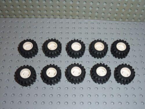 10x LEGO Tyre Wide ref 6015 White /& wheel Wide ref 6014 Set 6464//6330//6348//6477.