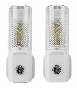 2x-Automatic-On-Off-LED-Plug-In-Night-Light-Dusk-To-Dawn-Energy-Saving-Safety