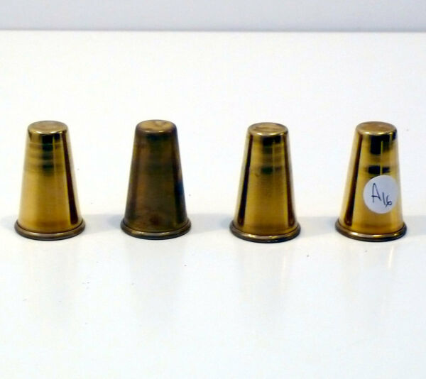 Gruppo Di Quattro Puntali Puntale Ottone Vintage D'epoca H 40 Mm Diametro 26 Mm