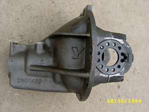 8-75-034-8-3-4-034-Chrysler-Mopar-Nodular-Iron-Rearend-Case-NEW-489-Third-Member