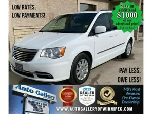 2015 Chrysler Town & Country Touring* 7 Seater/DVD monitor/BACK UP CAMERA
