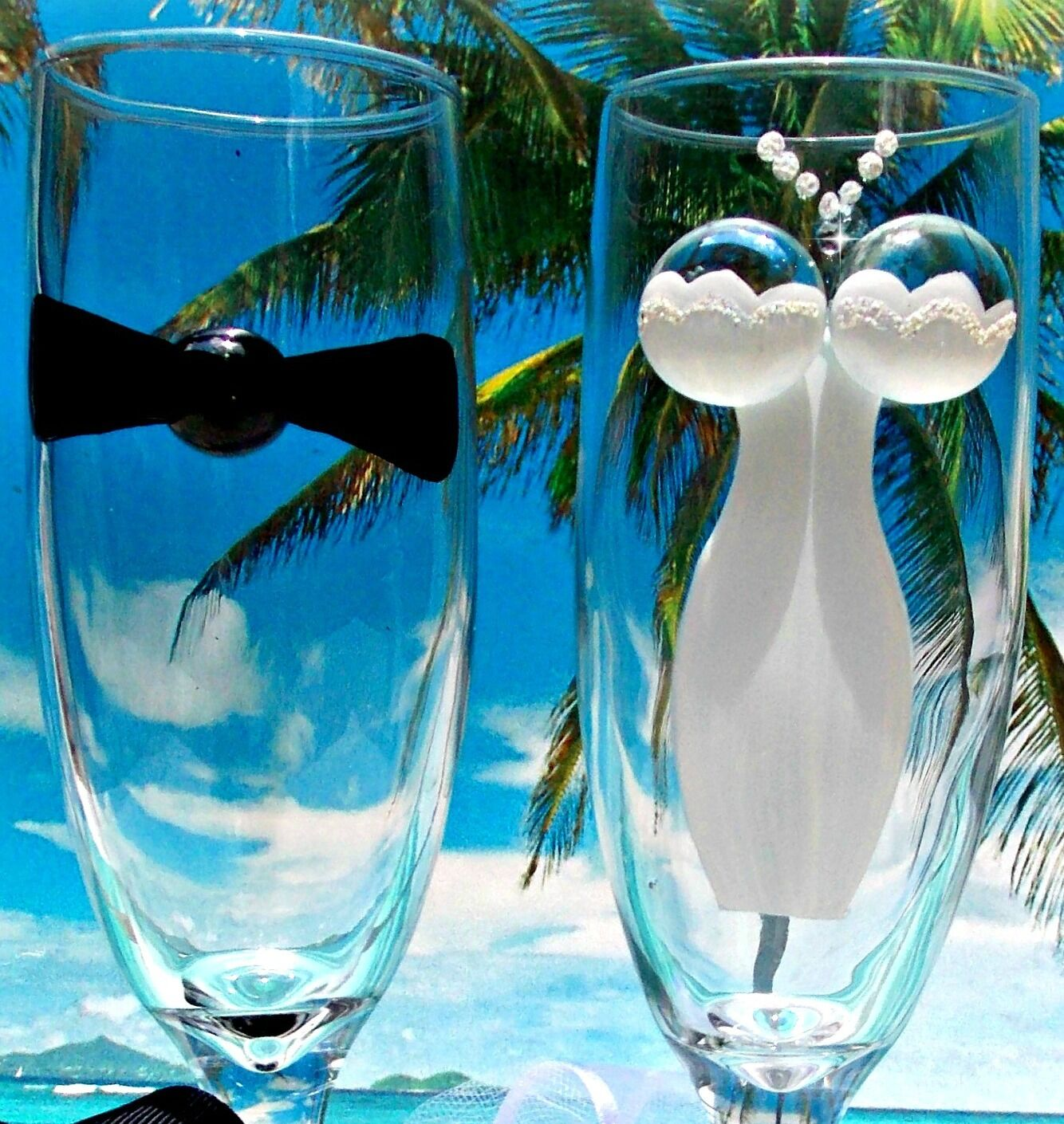 Beach Wedding Bride and Groom  Wine Champagne Glasses Flutes Hand Painted Toast