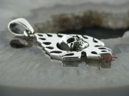 Ketten Anhänger Totenkopf Skull mit Flammen Gothic Celtic Pendants Silber 925
