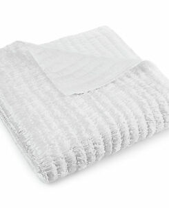 New-Hotel-Collection-Finest-Crescent-Quilted-Full-Queen-Coverlet-530